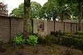 Gedenkplaat voor geallieerde militairen en burgerslachtoffers in Diessen (gem. Hilvarenbeek) 02.JPG