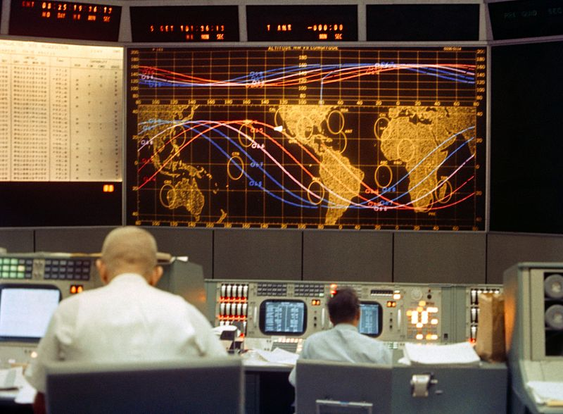 File:Gemini 5 control room.jpg