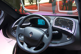 https://upload.wikimedia.org/wikipedia/commons/thumb/4/40/Geneva_MotorShow_2013_-_Renault_Twizy_steering_wheel.jpg/272px-Geneva_MotorShow_2013_-_Renault_Twizy_steering_wheel.jpg