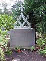 Gerhard Jussenhoven Grabstätte, Melaten-Friedhof Köln.jpg