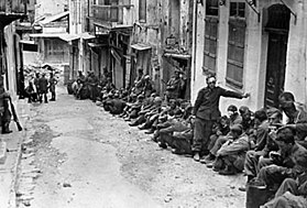 German prisoners under British guard