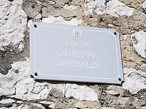 Brtonigla - Bilingual signes in Brtonigla (ulica/via Giuseppe Garibaldi)