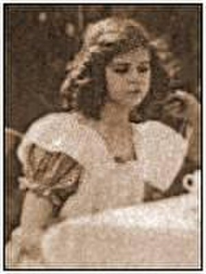 Alice's Adventures in Wonderland (1910 film) - Gladys Hulette as 'Alice'