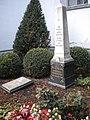 Grabstätte und Denkmal J.K. Kern.jpg