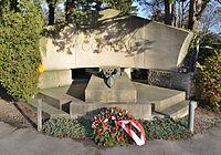 Grave Conrad Hötzendorf 03.jpg