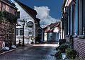 Greetsiel, Gemeinde Krummhörn, alte Gasse mit Hotel Witthus - panoramio.jpg