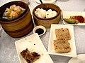 HK Sheung Wan 上環 喜悅海鮮皇宮 Hei Yuet Seafood Palace Restaurant Dim Sum Shaomai 蘿蔔糕 Carrot cake Sunday morning Sept-2010.jpg