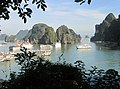 Ha Long Bay, Vietnam - panoramio (59).jpg