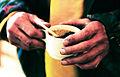 Hander och kaffekopp.jpg