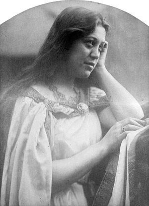 Hannah Primrose, Countess of Rosebery - Hannah de Rothschild aged 20, photographed by Julia Margaret Cameron
