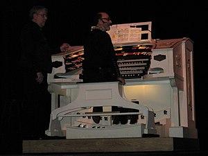Hawaii Theatre - Image: Hawaii Theatre organ