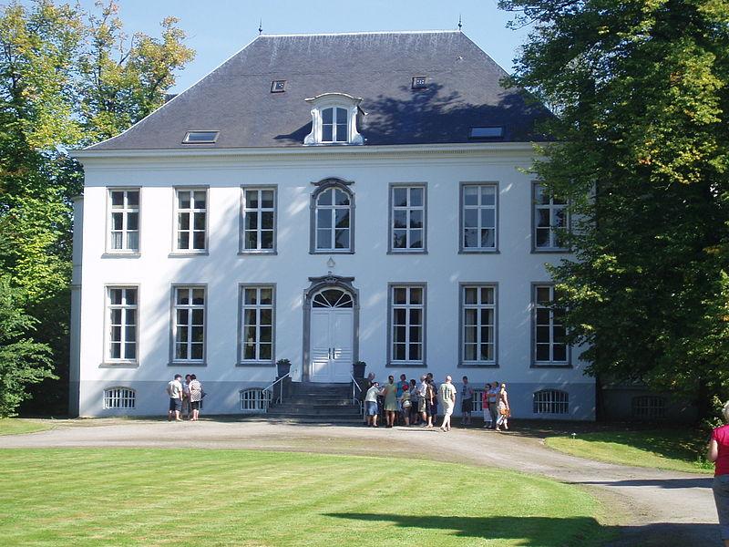 File:Hof van Massenhoven.JPG
