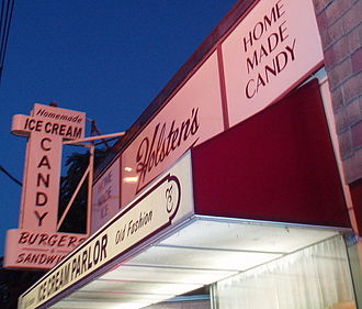 "Made in America (The Sopranos) - Holsten's Brookdale Confectionery, located in Bloomfield, New Jersey. The final scene of ""Made in America""—also the final scene of the series—was shot in the restaurant in March 2007."