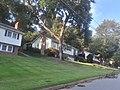 Houses along Courtland Rd. in Fort Hunt.jpg