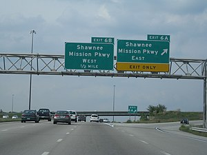 Shawnee Mission Parkway - I-435 at exits 6A–B for Shawnee Mission Parkway