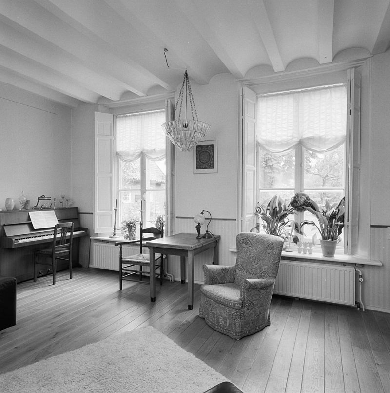 Van gogh huis in nuenen monument for Interieur van eigentijds huis foto