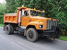 220px InternationalDumpTruck international s series wikipedia  at fashall.co