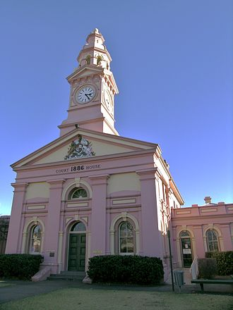 Inverell - Inverell Court House, built in 1886