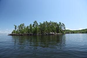 Island on Lake Nipissing.jpg