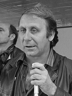 Jan Sierhuis - Jan Sierhuis speaking at a meeting in 1969