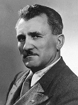Joseph Darnand c1940.jpg