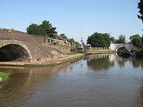 Junctiontrentandmerseymiddlewich.jpg