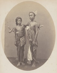 KITLV 4382 - Isidore van Kinsbergen - Ida Bagus Mantra and Ida Made Bleleng, two young Brahmins from Boeleleng - 1865.tif