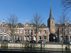 Bovenkerk, Kampen - Image: Kampen, toren van de Bovenkerk RM23053 vanaf Vloeddijk Muntsteeg foto 5 2016 02 17 12.05