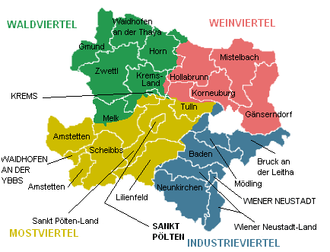 Lower Austria - Map of Lower Austria showing districts and the four quarters (Waldviertel in green, Weinviertel in red, Mostviertel in yellow and Industrieviertel in blue)
