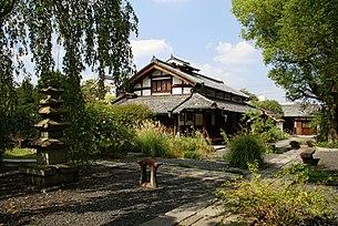 Kenkichi Tomimoto Memorial Hall03s3200.jpg