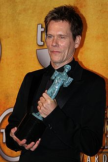 Kevin Bacon at the 2010 SAG Awards.jpg