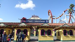 Knott's Merry Farm Entrance.jpg