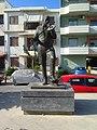 Kostas Mountakis statue at Rethymno.jpg