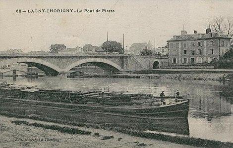 L2015 - Lagny-sur-Marne - Pont de Pierre.jpg