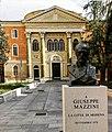 La Sinagoga in piazza Mazzini.jpg