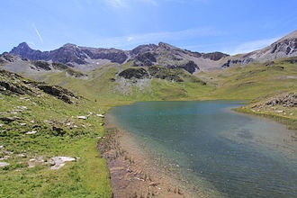 Pic de Rochebrune - Northern slopes of the Pic de Rochebrune as seen from the Lac des Cordes