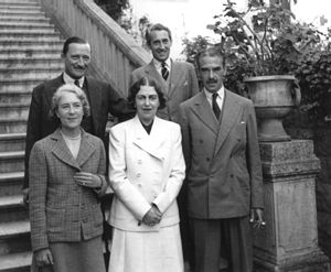 Mary Borden - May Borden (center) with Sir Edward Spears (back row, left).