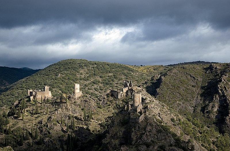 Cómo son los castillos de Lastours