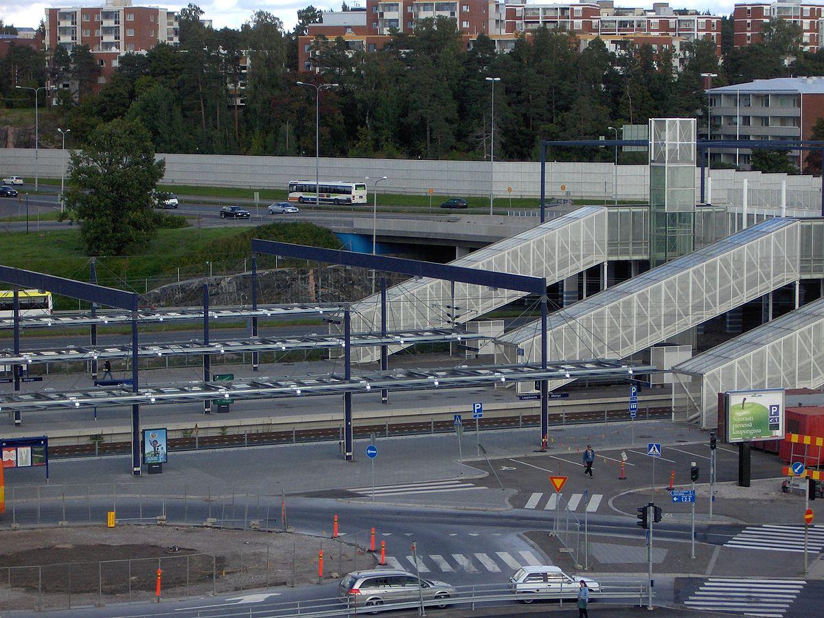 Leppävaaran rautatieasema – Wikipedia