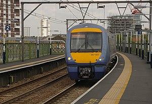 Limehouse station MMB 06 357021.jpg