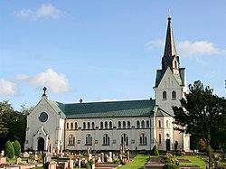 Lindome kyrka.jpg