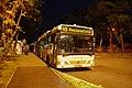 Linzer O-Bus Stadtfriedhof Nacht.JPG