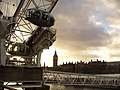 London Eye & Parliament - panoramio.jpg