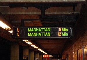 L (New York City Subway service) - Countdown clock at the Lorimer Street station