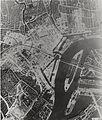 Luchtopname van Rotterdam drie jaar na het bombardement.jpg