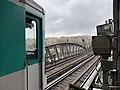 Métro à quai, station Bir-Hakeim (janvier 2020).jpg
