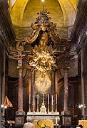 Maître-autel et baldaquin de la basilique saint Sauveur (Rennes, Ille-et-Vilaine, France).jpg