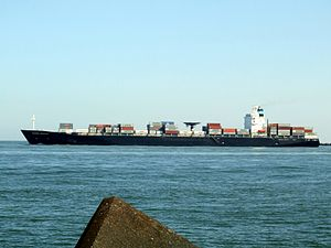 Maersk Dauphin p2, leaving Port of Rotterdam, Holland 10-Sep-2006.jpg