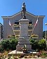 Mairie - monument aux morts - Saint-Julien-Molin-Molette.jpg