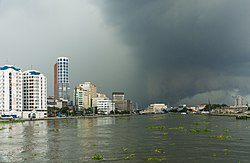 Manila Philippines Tropical-storm-over-Pasig-River-01.jpg